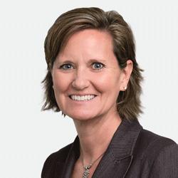 Kristi Cunningham headshot