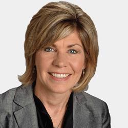 Julie Piggott headshot
